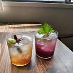 カフェ&ワイン ネーラ - 自家製ジンジャーエル、ブドウと赤紫蘇のソーダ