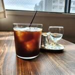 カフェ&ワイン ネーラ - スペシャリティーアイスコーヒー
