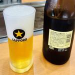お好み焼き じゅんちゃん - ドリンク写真:瓶ビールはサッポロ生ビール黒ラベルの中瓶