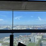 159846383 - 窓からの眺め