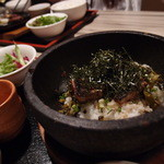 砂漠楼 恵比寿本店 - うなぎの混ぜご飯石焼ビビンバ仕立て