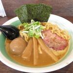 自家製麺 麺屋 利八 - 料理写真:らぁめん 850円 味玉 100円
