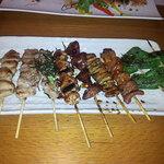 串蔵 - 料理写真:焼き鳥盛り合わせ