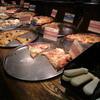 シェーキーズ - 料理写真:ピザ