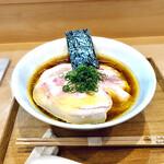 160014021 - しょうゆチャーシュー麺 1,700円 箸には丸に木瓜(もっこう)の家紋も焼き入れ