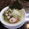 自家製麺 ら~めん かり屋 - 料理写真:広島産牡蠣の塩ら~めん 牡蠣増し