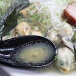自家製麺 ら~めん かり屋 - 牡蠣ペースト