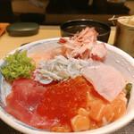 割烹 秋やま - 美しい海鮮丼、そして美味しい(* ˘ ³˘)♡*