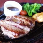 バル・ステーキ - 料理写真:テンダーロインステーキ200g