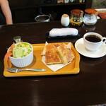 むた珈琲館 - ホットサンドセット680円