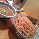 道玄坂 マンモス - つけ麺特盛(胚芽麺)