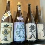 紫檀 手打ち蕎麦と焼鳥 - 日本酒や焼酎もあります。