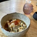 蕎麦 ハジメ - 料理写真:冷たいきつねそば(辛味大根、いくら)