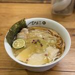 中華そば ひよこ - 料理写真: