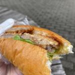 モグモグベーカリー - 料理写真:ビーフカツサンド 270円