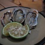 鳥喜 - 牡蠣焼き3個 450円