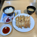 石松餃子 -