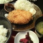 とんすけ - ハーブ豚のメンチカツ定食 680円 2012/11