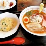 水戸中華そば むじゃき食堂 - 料理写真:海老ラーメン(杯数限定)+半チャーハンセット ¥900+250-