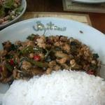 スイート バジル - 豚肉の炒め物