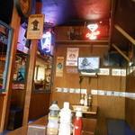 GB's CAFE - テーブル席
