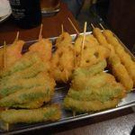 まるりゅう - 揚げたての野菜串1