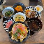 ナナハン - 料理写真:土曜日の欲張りランチ 1000円