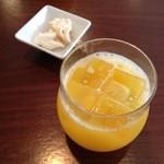 ル ヴェール フレ - オレンジジュースとメレンゲ