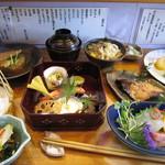 雁 - 料理写真:ランチコース3,000円は季節ごとに変わります。写真は11月のもの。
