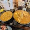 ふじきち - 料理写真:左、並のカレーうどん。右、大盛のカツカレーうどん。