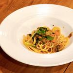 ソニョーポリ - 鯖と野菜のパスタ。