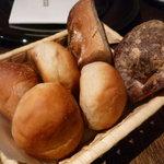 ルナ パルパドス - ☆パンは種類豊富です☆