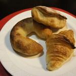 シャン ド ブレ - MAMEDO、パンオオリーブ、クロワッサン