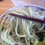 みやべ食堂 - 麺は太麺