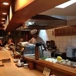 文ちゃん - 寿司やのようなカウンター