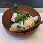 16040384 - ジーマミ豆腐(落花生で作られた沖縄の豆腐)