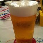 横浜チーズカフェ - 中グラス生ビール 450円