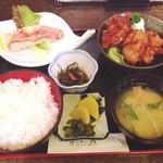 ほうせい丸 - 日替わり魚ランチ 700円 赤魚のムニエルと鶏の唐揚(2012/11)