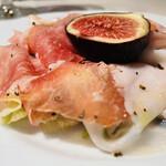 カロッツァ - 生ハムとイチジクの前菜