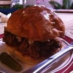 ハトス バー - Pulled Pork Sandwich