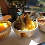 五木茶屋 - 秋の天ぷら丼