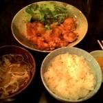ごち屋 - 鶏からおろしポン酢