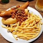 ウェイキー ウェイキー - チリビーンズドッグ ポテト大盛