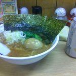 16055653 - (醤油)ラーメン600円・煮玉子サービス