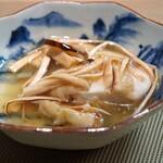 對馬 - 静岡県御前崎産の本アラ 松茸の餡かけ