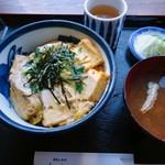 よこかわ - 【2012年11月下旬】「玉子丼」。
