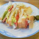 軽井沢72ゴルフ - 料理写真:BLTサンド