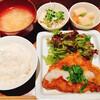 パルファン - 料理写真:とんかつおろしソース、高野豆腐、イカとレンコンの明太子あえ
