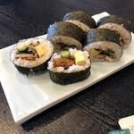 うな伊 - 鰻の太巻き寿司