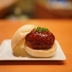 日本料理 たかむら - たかむら特製メンチカツミニバーガー
